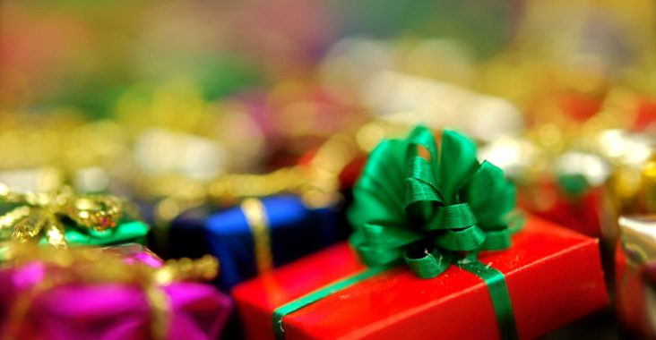 10 Affordable Gifts Your Employees Will Love