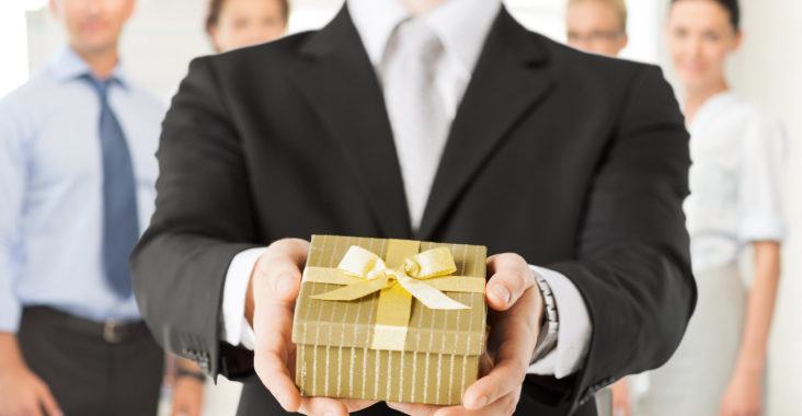 Corporate gift ideas for office employees